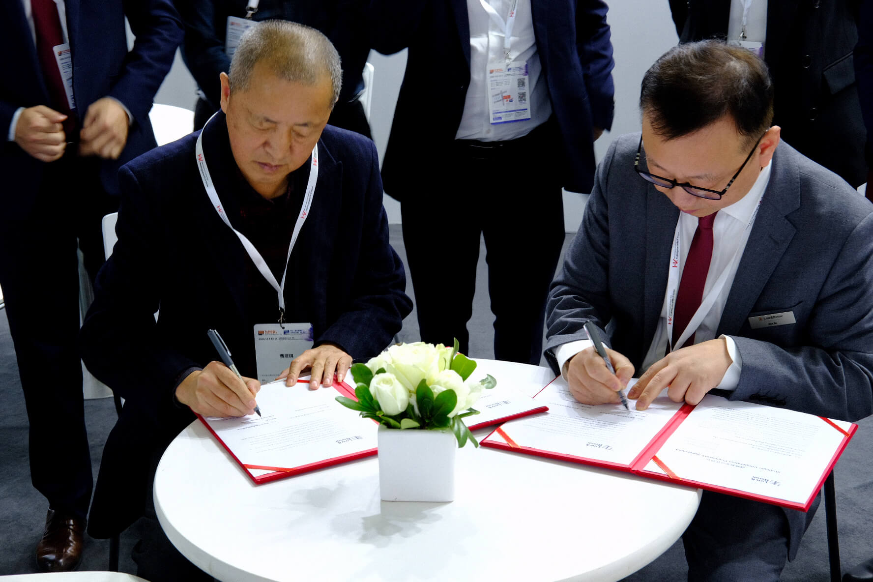 Contract agreement Alex Xu regional director Asia Pacific Low & Bonar & Shenzhen Jingneng New Material Co. Ltd Leadership
